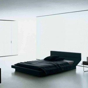 Tapicerowane łóżko Lipla. Proj.Jean Marie Massaud. Fot. Porro.