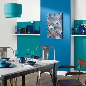 Farba Palm Springs™ z kolekcji kolorów Blues. Zapewnia trwałe, matowe wykończenie. Wydajność: 12 m²/l. 18,49 funtów/1,25 l, Crown.