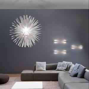 Kosmiczna lapma Alrisha to nowość marki Axo Light. Fot. Axo Light.