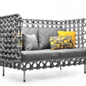 Sofa z kolekcji Cabaret. Fot. Kenneth Cobonpue.