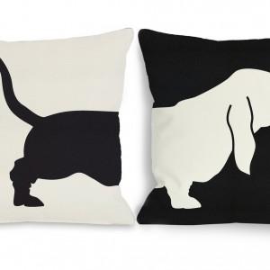 Biało-czarna poduszka Basset przedstawia sylwetkę uroczego psa. Fot. Deko Boko.