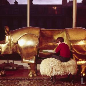 Biurko i barek w jednym Rhino. Proj. Claude iFrançois-Xavier Lalanne.
