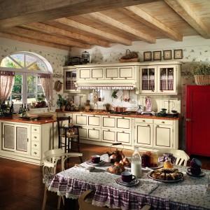 Kuchnia z kolekcji Cotton w klasycznym stylu. Wykonana z litego drewna. Wprowadzi do wnętrza przyjemny, ciepły klimat. Wycena indywidualna, L'Ottocento.