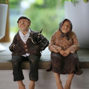 Sielski klimat rodem z Prowansji akcentuje sympatyczna para staruszków. W tym wnętrzu nie ma przypadkowych elementów. Fot. Bartosz Jarosz.