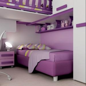 Łóżka i szafa tworzą praktyczną całość. Fot. Moretti Compact.