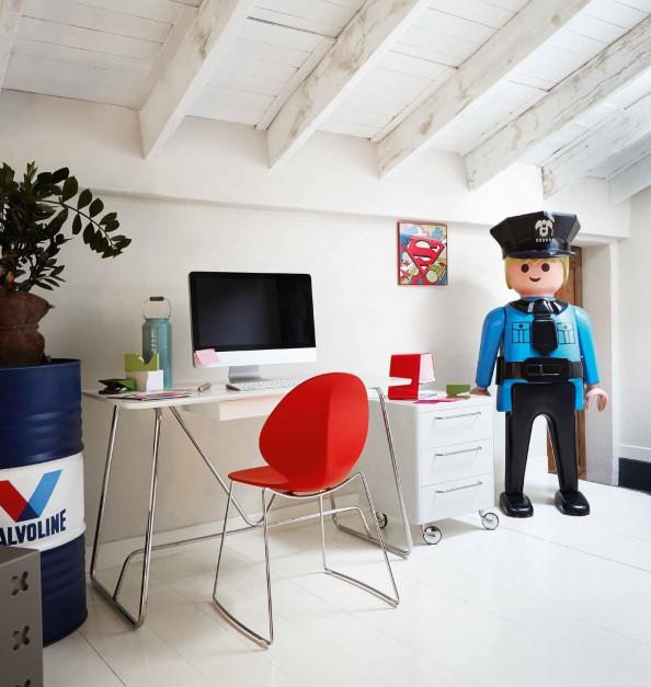 skandynawski charakter pok j dla ch opca w skandynawskim stylu. Black Bedroom Furniture Sets. Home Design Ideas