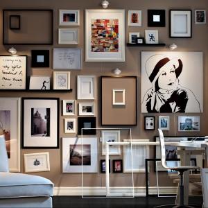 Pozorny chaos - w rzeczywistości każda ramka ma swoje miejsce. Fot. Paintplace.