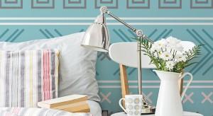 Delikatne błękity, jasne zielenie, lawendowe odcienie, pudrowe róże…modne, pastelowe kolory doskonale sprawdzają się we wnętrzach. Zobaczcie lekkie, wiosenne propozycje tkanin i dodatków do sypialni.