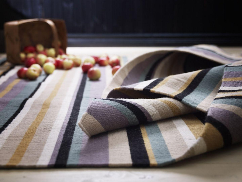Ręcznie tkany dywan Randlev wykonany z wytrzymałej, odpornej na zabrudzenia wełny. Fot.Ikea.