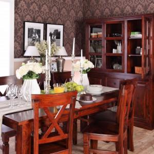 15 najpiękniejszych jadalni w klasycznym stylu. Meble, zdjęcia, aranżacje
