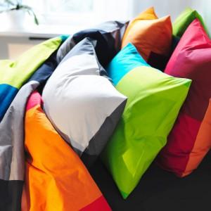 Pościel Brunkrissla dostępna w wielu kolorach. Fot.Ikea.