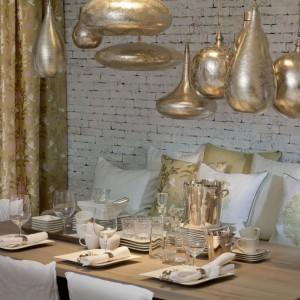 Lampy jak biżuteria. Piękne oświetlenie ze złotem i kryształami