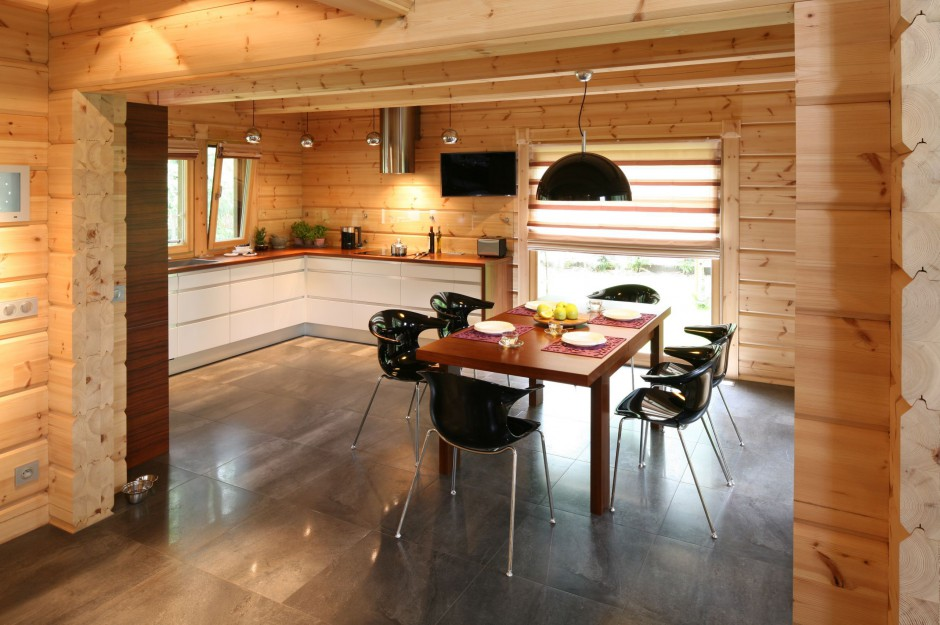Dom z drewnianych bali Kuchnia w drewnianym domu