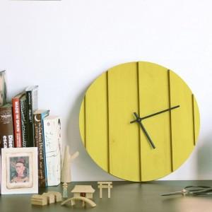 Słoneczny zegar ścienny. Proj.La Mamba. Fot.Omelette.