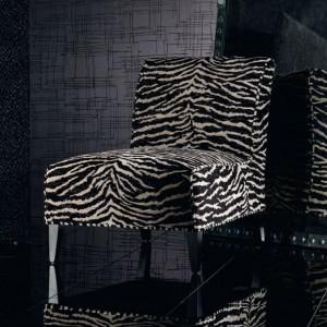 Fotel z wzorem zebry. Fot. Mark Alexander.