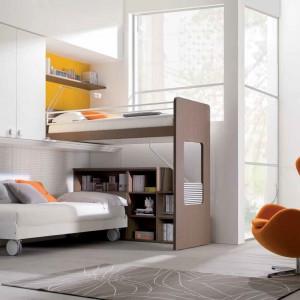Każda nastolatka chciałaby mieć w swoim pokoju jakiś modny mebel, np. designerski fotel. Fot. Dielle.