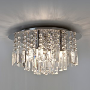 Lampy z kryształami będą ozdobą każdej łazienki.