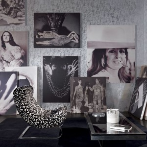 Czarno-białe zdjęcia wyglądają dobrze w każdym wnętrzu. Fot. Zinc Textile.