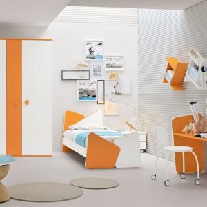 Harmonijna aranżacja łącząca pomarańcz z bielą. Fot. Colombini Casa.
