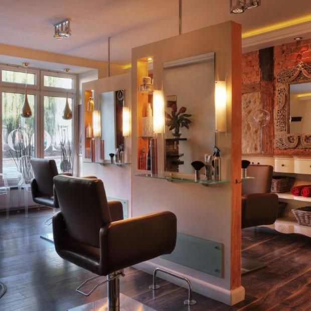 Metamorfoza na szóstkę. Salon fryzjerski w Środzie Śląskiej