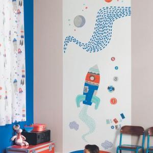 Ozdoba ściany do pokoju chłopca. Fot. Casadeco.