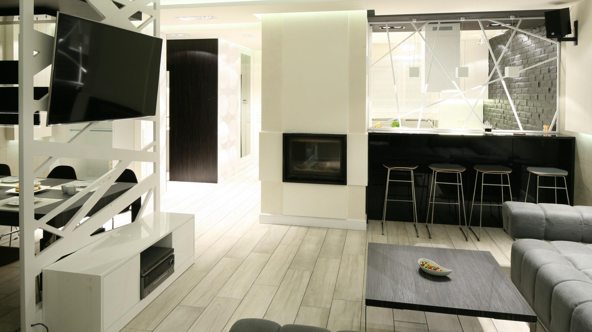 Od strony salonu kuchnia Czarno biała kuchnia   -> Biala Kuchnia Elegancka