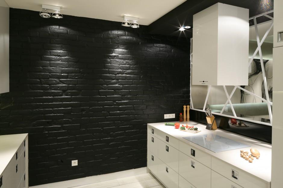 Zabudowa kuchenna została Czarno biała kuchnia   -> Biala Kuchnia Elegancka