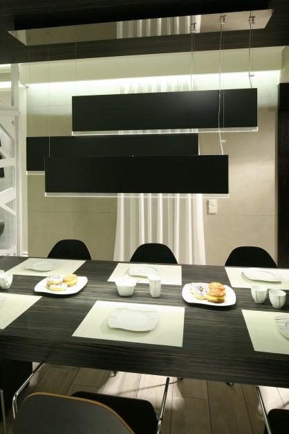 Czarno biała kuchnia Elegancka, nowoczesna i bardzo piękna -> Biala Kuchnia Elegancka