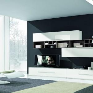 Czarno-biały salon. Nowe pomysły na klasyczne kolory
