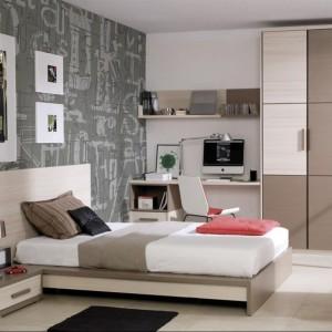 Łóżko zajmuje centralną część pokoju. Fot. Muebles Lara.