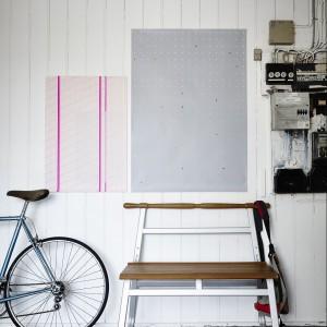 Wielofunkcyjna ławka, malowane lite drewno dębowe i aluminium. Projekt: Anna Efverlund. 299 zł.  Fot. IKEA.