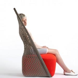 Oryginalny fotel Cradle.  Fot. Benjamin Hubert.