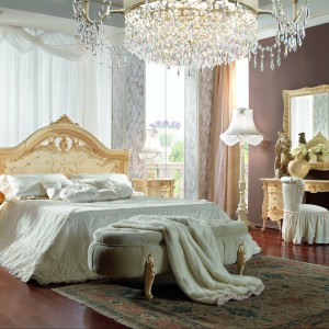 Prestige Plus to kolekcja mebli do sypialni marki Barnini Oseo, którą wyróżnia wyrafinowana forma podkreślająca ich ekskluzywny charakter. Fot. Barnini Oseo