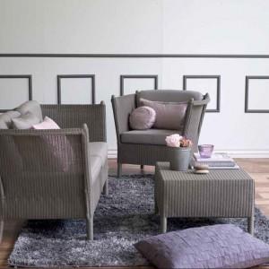 Subtelny urok rattanowych mebli doceniają nawet miłośnicy klasycznej elegancji. Fot. Sika Design.