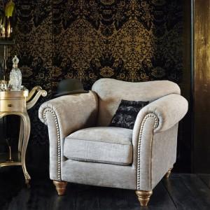 Fotel niczym biżuteria. Fot. House of Fraser.