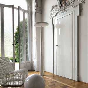 Białe drzwi TRE Piu do klasycznych wnętrz. Fot. LAB.