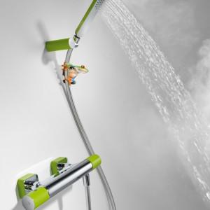 Bateria termostatyczna natryskowa Loft Colors marki Tres z słuchawka antical w kolorze zielonym. Fot. Tres.
