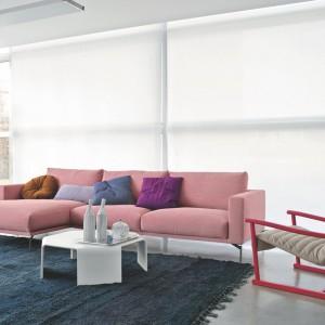 Narożnik Holly Wood od włoskiej marki Arflex to prosta bryła o wyważonych proporcjach.Proj. Cleasson Koivisto Rune Fot.Arflex.