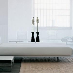Łóżko L31. Fot. Cassina.