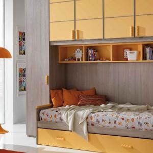 Mablościanka łącząca funkcje szafy i łóżka. Fot. Giessegi.