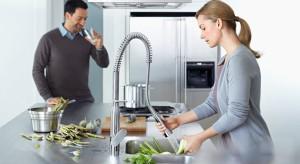Z ich pomocą zmywanie będzie łatwiejsze, sprawniejsze i przyjemniejsze. Ale mają też ciekawą, oryginalną formę. Zobaczcie najciekawsze wysokie baterie kuchenne.<br /><br />