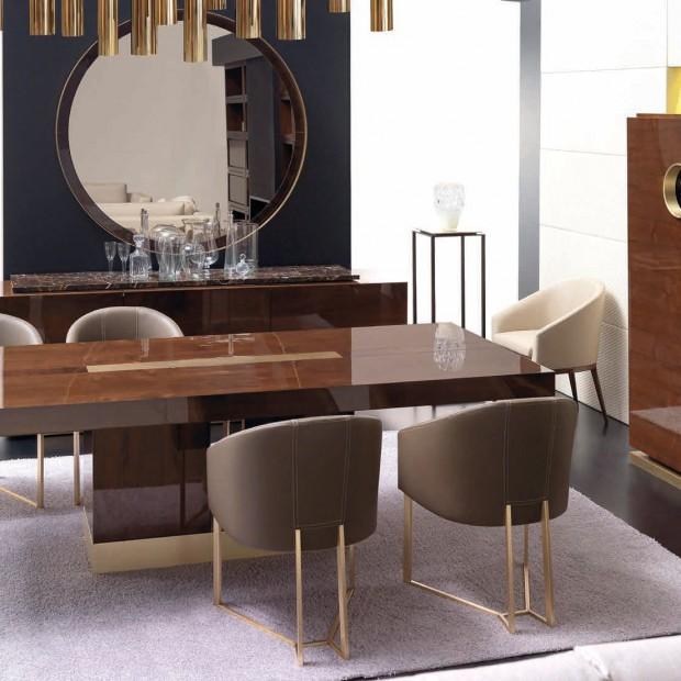 Luksusowy salon z jadalnią. Pomysł na aranżację dużego wnętrza