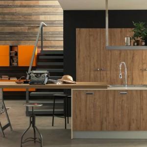 Kuchnia Ice industrial edition marki Febal Casa, której prosty, czytelny obszar roboczy podkreśla elegancję kompozycji i staranny wybór materiałów. Fot. Febal Casa.