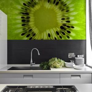 Fototapeta lateksowa Kiwi Supermacro ze smakowitym, zielonym kiwi. 85 zł/m², Big Trix.