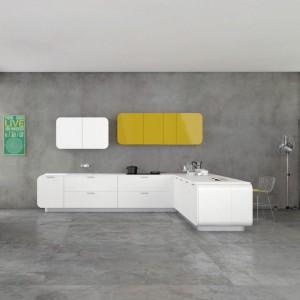 Meble z kolekcji Numerouno firmy Doimo Cucine. Idealne dla miłośników nowoczesnego, minimalistycznego stylu. Szafki mają ciekawie zaokrąglone krawędzie. Dostępne są w wersji matowej lub błyszczącej w 32 różnych kolorach.