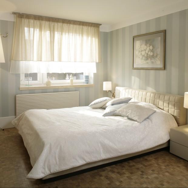 Aranżacja sypialni w eleganckim, klasycznym stylu