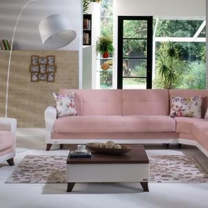 Różowa kanapa. 15 propozycji w kobiecym stylu