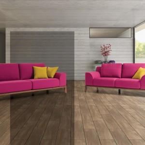 Nowoczesne sofy marki NDesign w kolorze świeżych malin. Fot. NDesign.