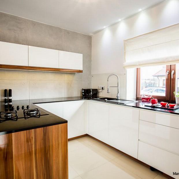 Biała kuchnia na wysoki połysk - zobacz gotowy projekt wnętrza