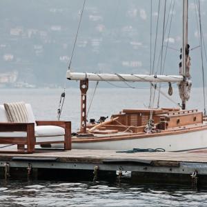 Fotel kapitana to meble, którego nie może zabraknąć w żadnym miejscu o wypoczynkowym charakterze. Fot.Exteta.